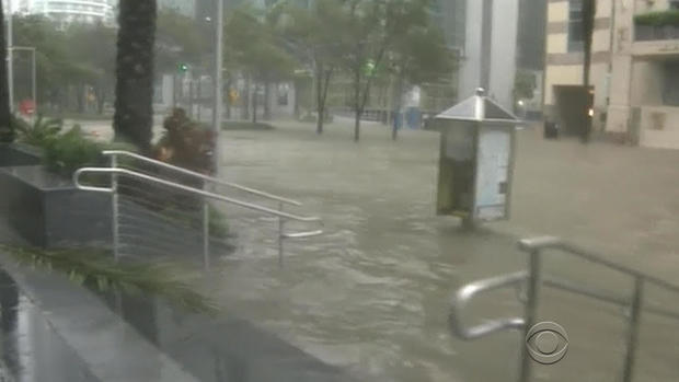 170911-en-strassmann-irma-brickell-flooding.jpg