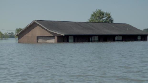 house-under-water.jpg