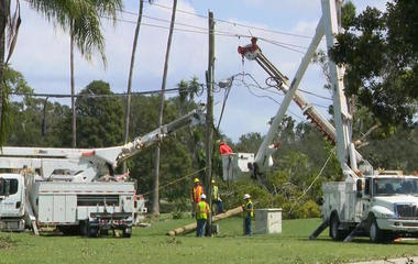 Crews work to restore Florida's electricity after Hurricane Irma