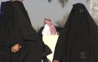 In a surprise, Saudi Arabia's king decides to allow women to drive