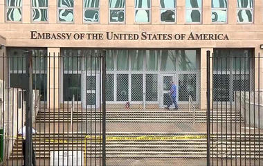 State Department cuts staff in Cuba, issues travel warning in response to health attacks