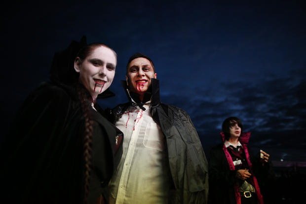 Vampire's Gather To Attempt To Break A New World Record