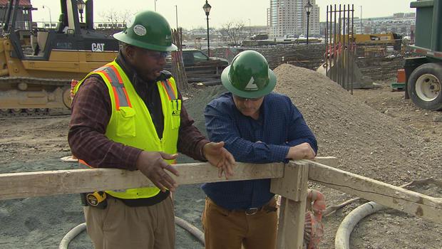 construction-labor-henry-jackson-mark-strassmann-620.jpg