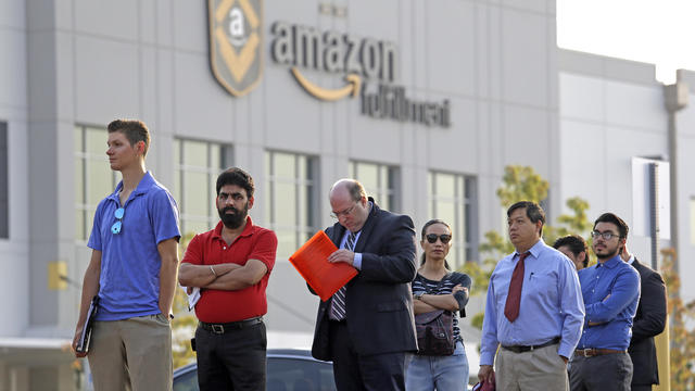 APTOPIX Amazon Warehouse Job Fair