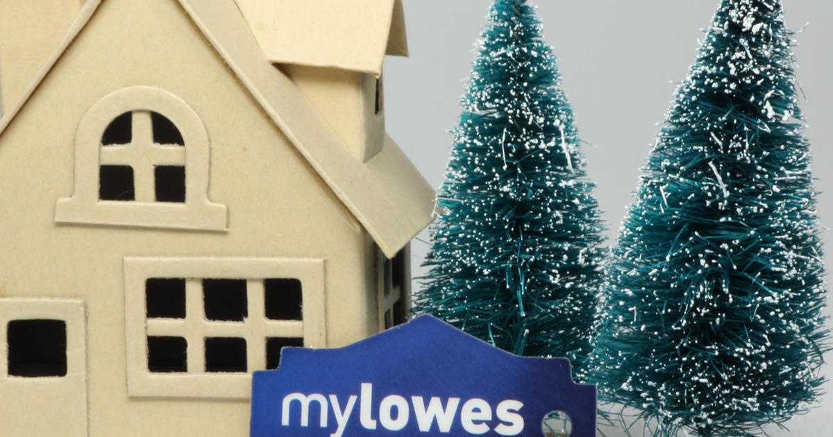 Is Lowes Open On Christmas Day.Lowe S Stores Closing In Dozens Of Locations Across U S Canada