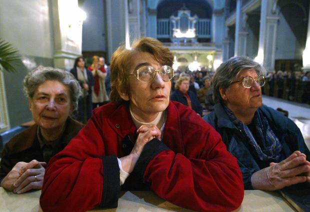 Croatians pray for Pope John Paul II in