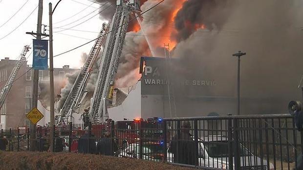 171115-kmov-warehouse-fire-02.jpg