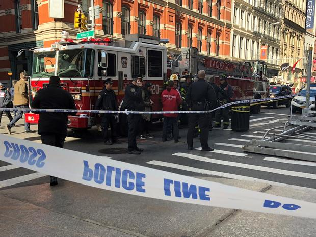 Mandatory Credit: Source/URL: Sabrina Franza, National Desk internSubmitted by: Hudakz@cbsnews.comDate: 11-19-17Location: SoHo, NYCCleared For All Platforms In Perpetuity