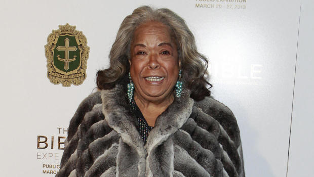 """Della Reese, star of """"Touched by an Angel,"""" is dead at 86 ...  Della Reese, st..."""