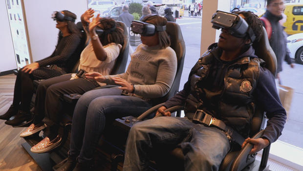macys-customers-virtual-reality-620.jpg