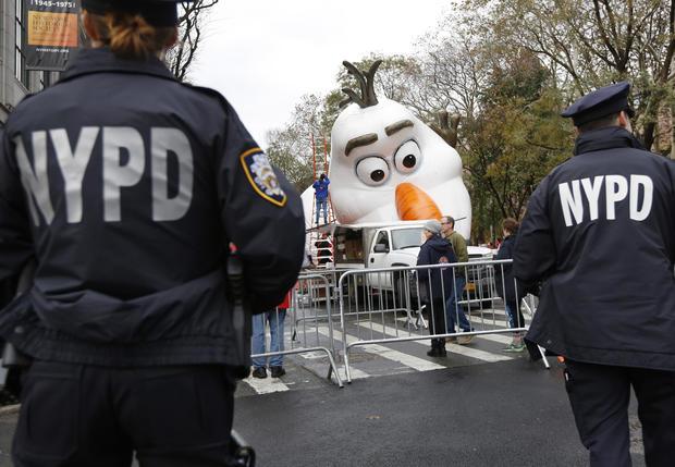 Thanksgiving Parade Security 2017