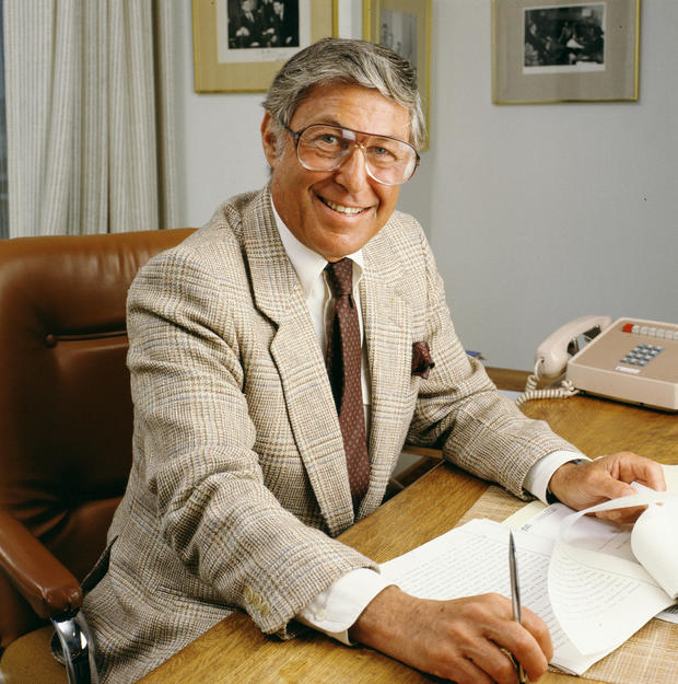 1-don-hewitt-at-his-desk-in-1986.jpg