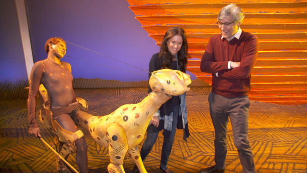 the-lion-king-julie-taymor-mo-rocca-with-cheetah-620.jpg