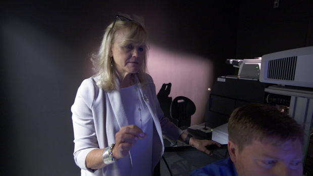 dr-ann-mckee-with-scan.jpg