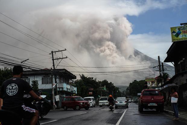 TOPSHOT-PHILIPPINES-VOLCANO