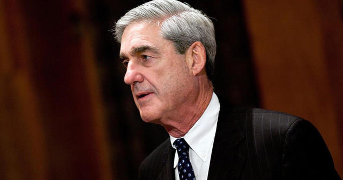 Bipartisan group of senators moving to protect Mueller's job