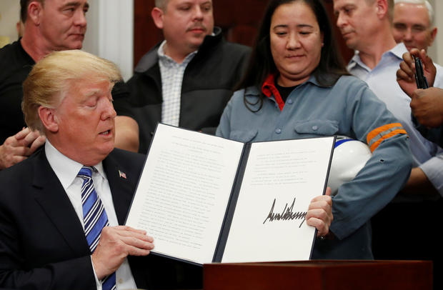 donald trump signs tariffs proclamation