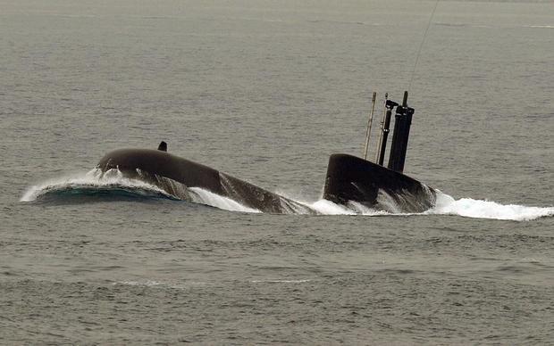 dmz_submarine