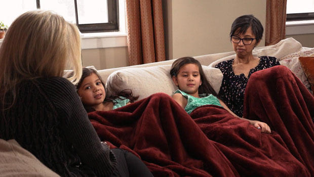 julia-yip-williams-with-daughters-tracy-smith-620.jpg
