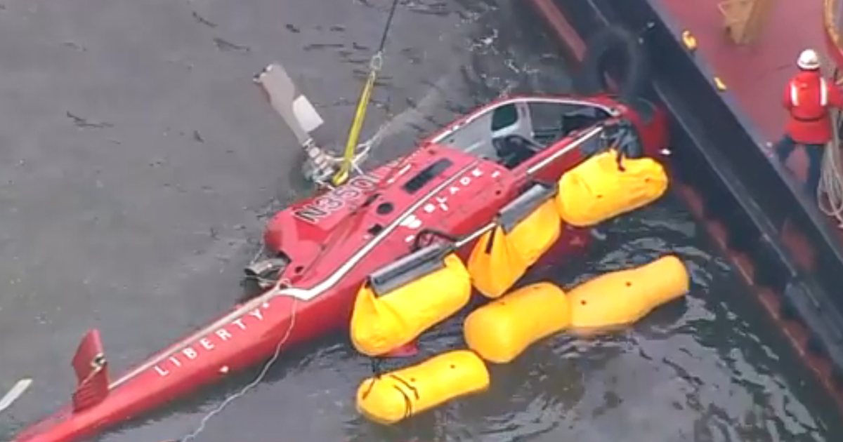 Scrutiny turns to harnesses used in deadly NYC helicopter crash