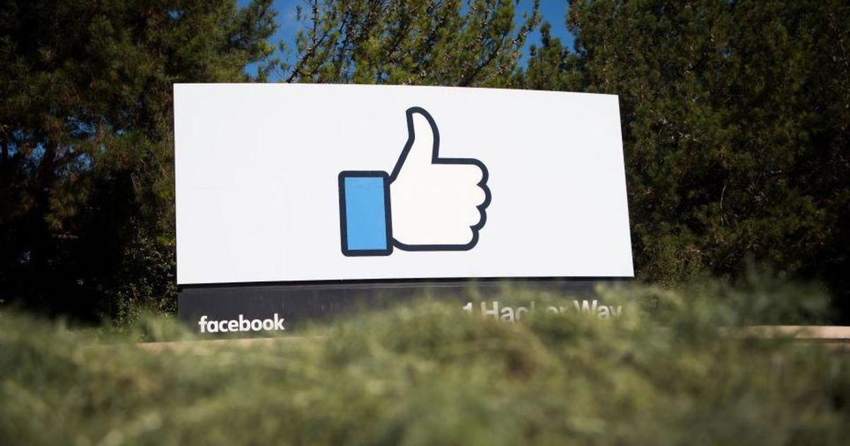 Federal intelligence officials meet tech firms at Facebook