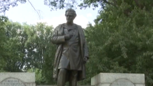 Dr. J. Marion Sims statue to be removed from Central Park