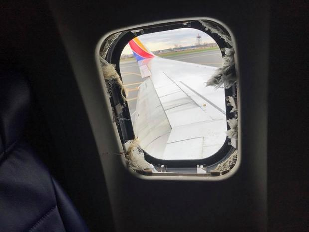180418-marty-martinez-southwest-airlines-window-blown-out.jpg