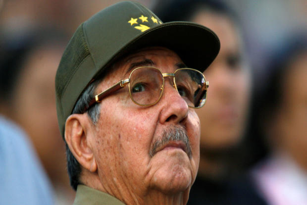 Raul Castro looks up during an event in celebration of the 50th anniversary of the assault of the presidential palace during the regime of Fulgencio Batista, in Havana, Cuba, March 13, 2007.