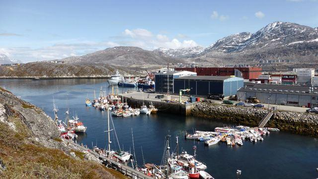 cbsn-fusion-china-is-eyeing-greenland-and-the-us-is-taking-note-thumbnail-1550716-640x360.jpg
