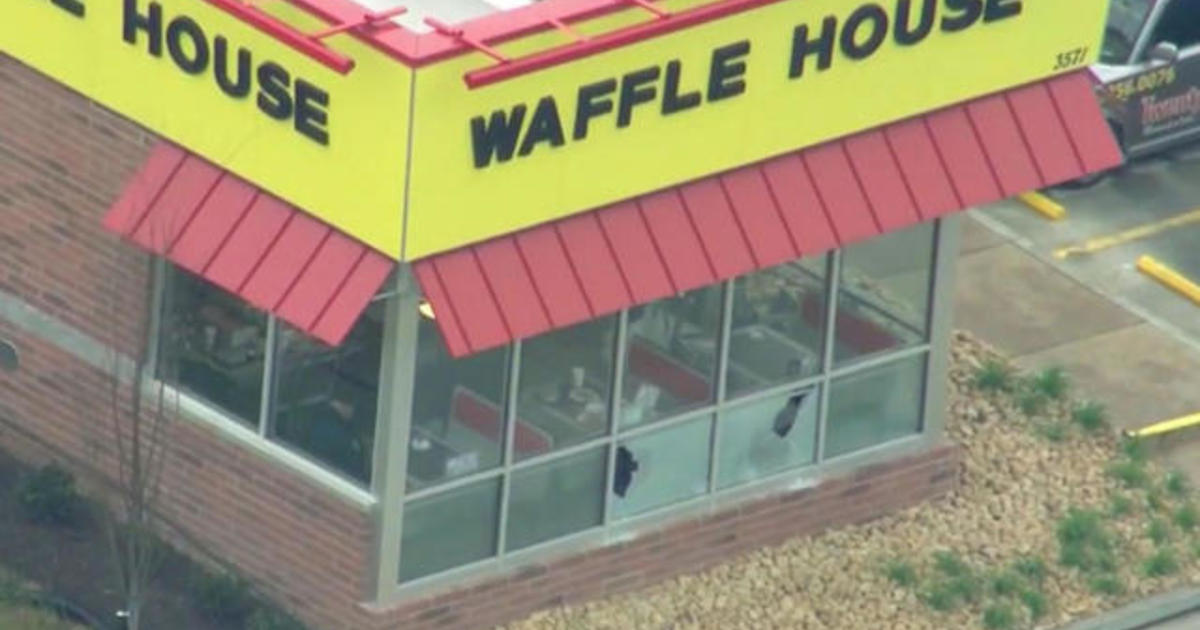 Waffle House Shooting Leaves 4 Dead In Tennessee Victims Identified