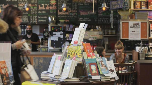 porter-square-books-cafe-zing-620.jpg