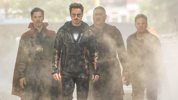 avengers-infinity-war-benedict-cumberbatch-robert-downey-jr-1.jpg