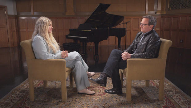 kesha-with-anthony-mason-interview-620.jpg