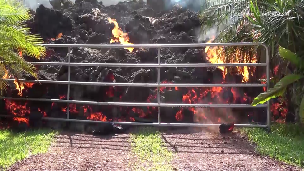180507-brandon-clement-hawaii-volcano-lava-01.png