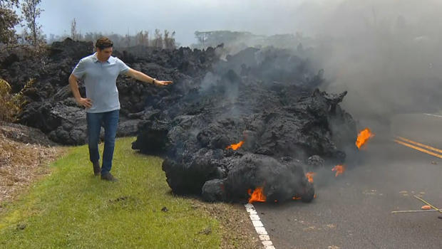 hawaii-volcano-carter-evans-with-lava-flow-620.jpg