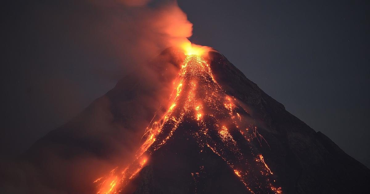 Mayon's most recent eruption - Dangerous volcanoes around ...
