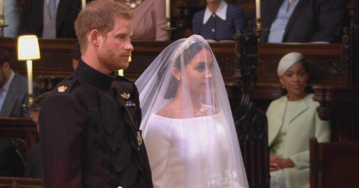 Traditional royal wedding ceremony gets a modern feel