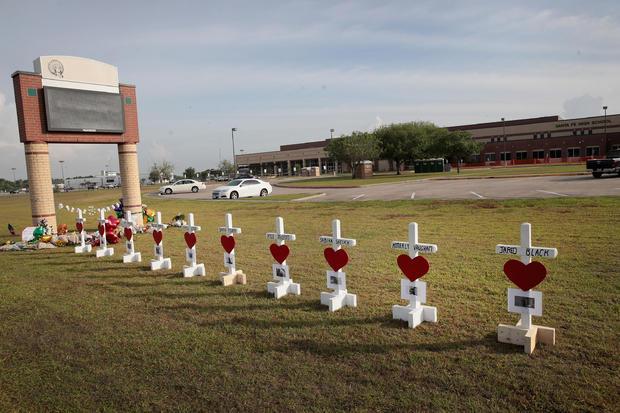 Santa Fe High School texas shooting memorial