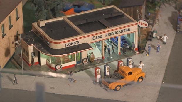 roadside-america-esso-gas-station-620.jpg