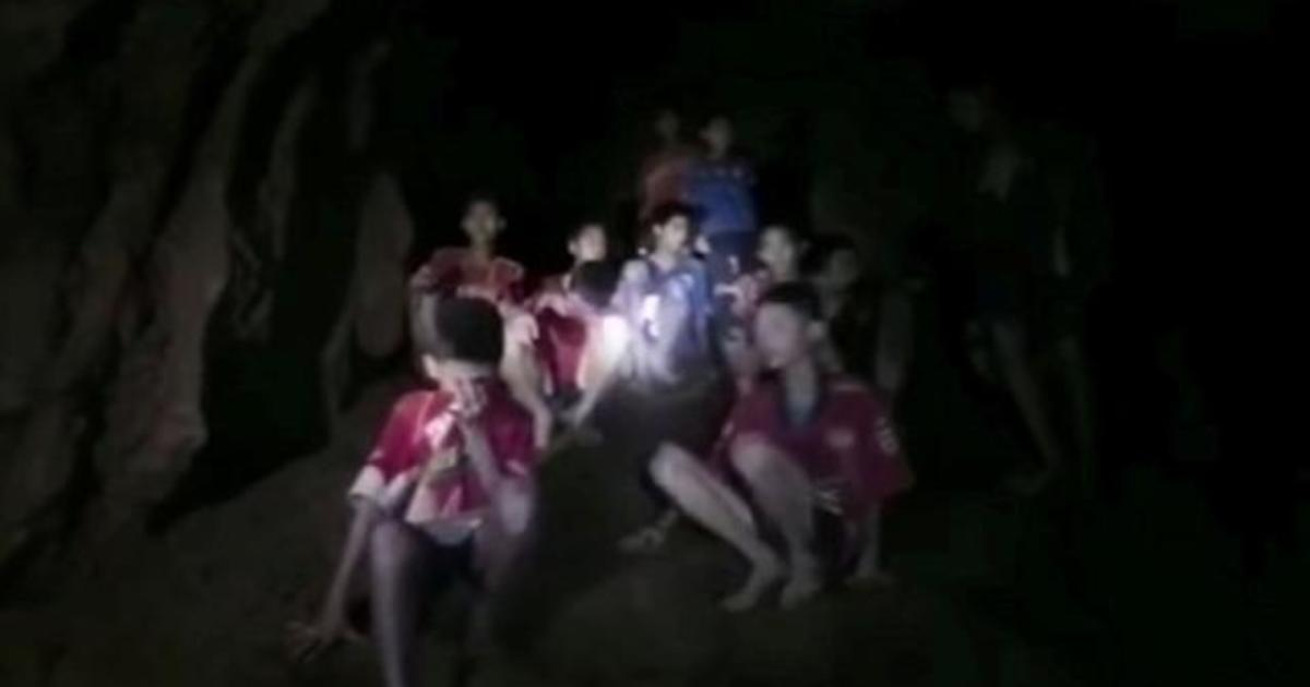 Thailand cave: Boys trapped in cave unable to swim ...