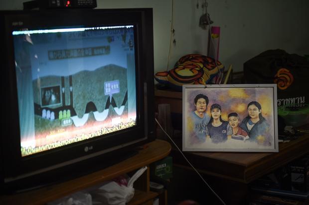DOUNIAMAG-THAILAND-ACCIDENT-WEATHER-CHILDREN-CAVE-FAMILY
