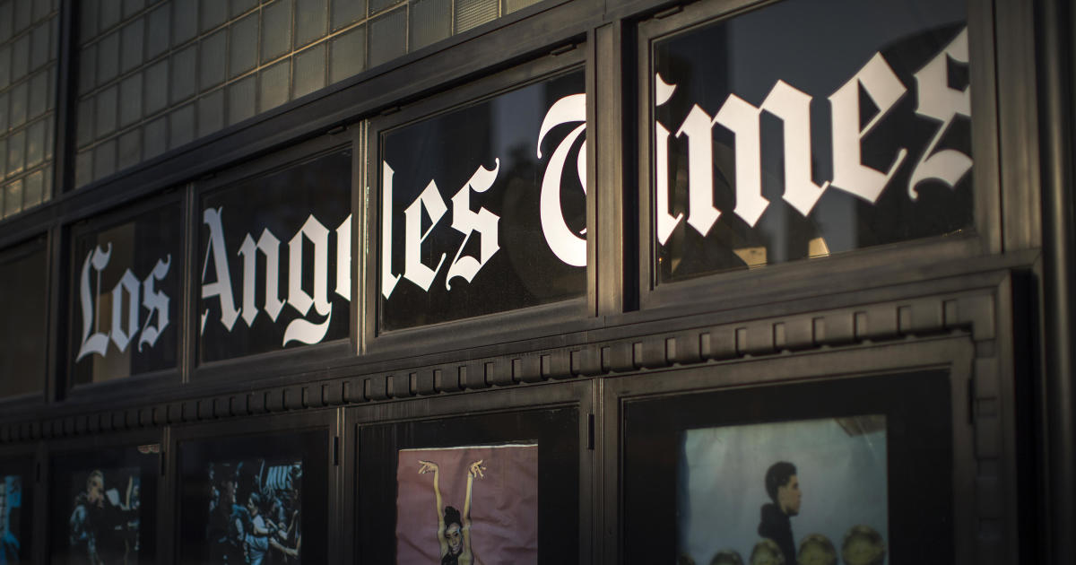 Los Angeles Times ordered to change article about John ...