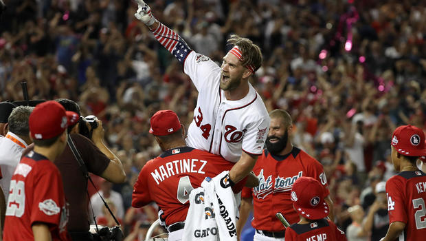 Hometown hero Bryce Harper wins derby