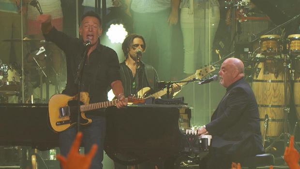 billy-joel-at-msg-with-bruce-springsteen-620.jpg