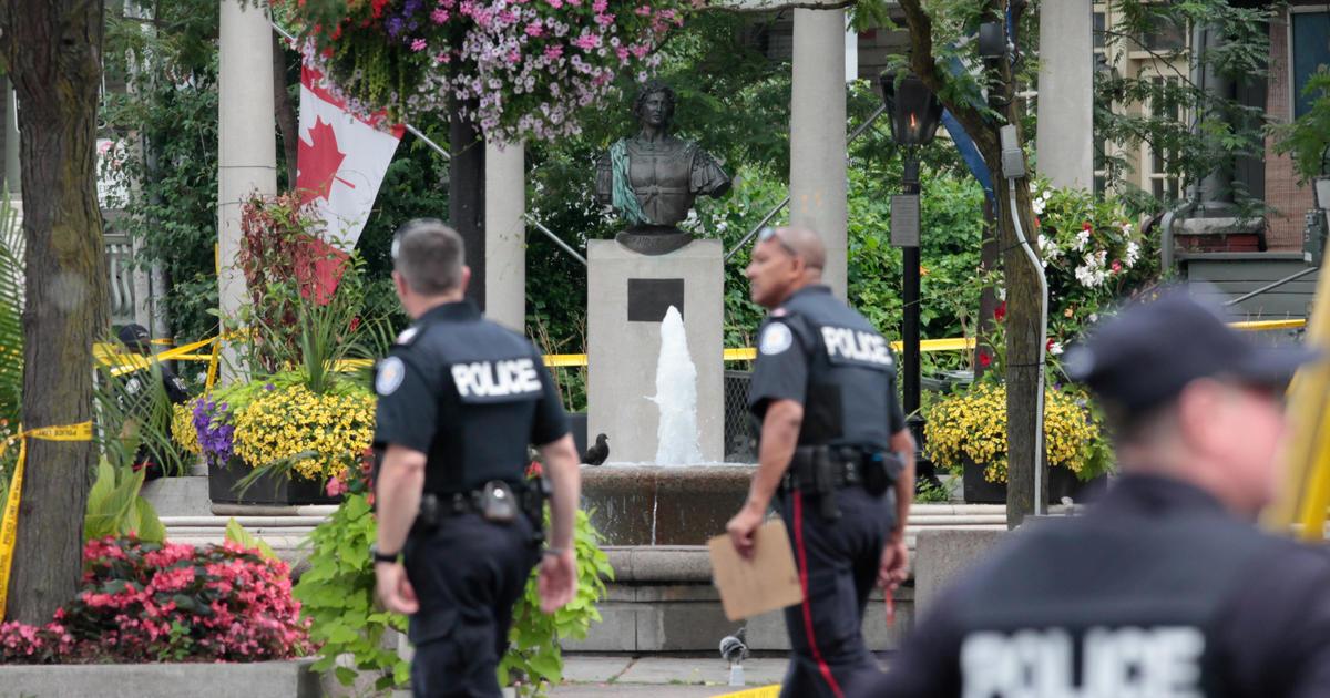 c8465376a114 Toronto shooting rampage  New details emerge about gunman Faisal Hussain -  CBS News