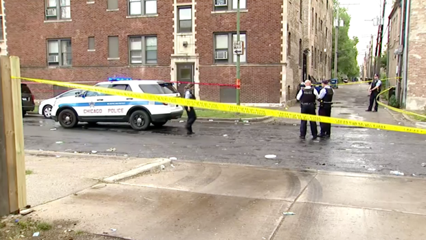 44 people shot within 14 hrs in Chicago