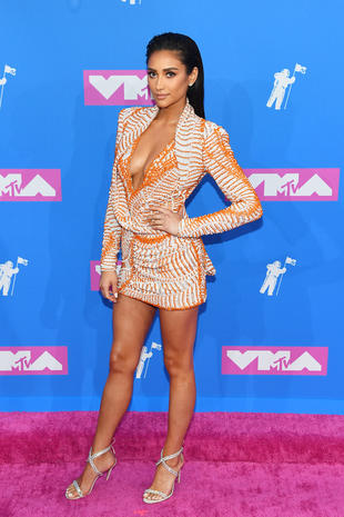 Jennifer Lopez Mtv Vmas 2018 Photos From The Red Carpet At Mtvs