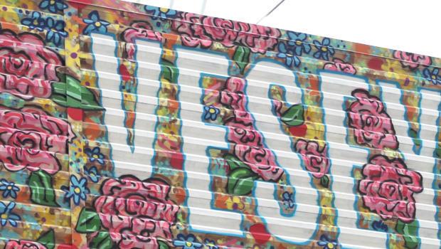 wtc-street-art-flowers-chinon-maria-and-sebastian-mitre-620.jpg