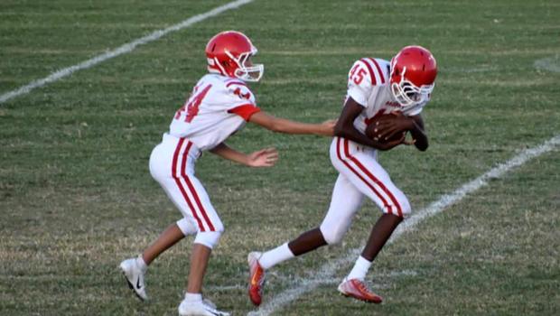7506984d8f3 Blind running back scores 2 touchdowns