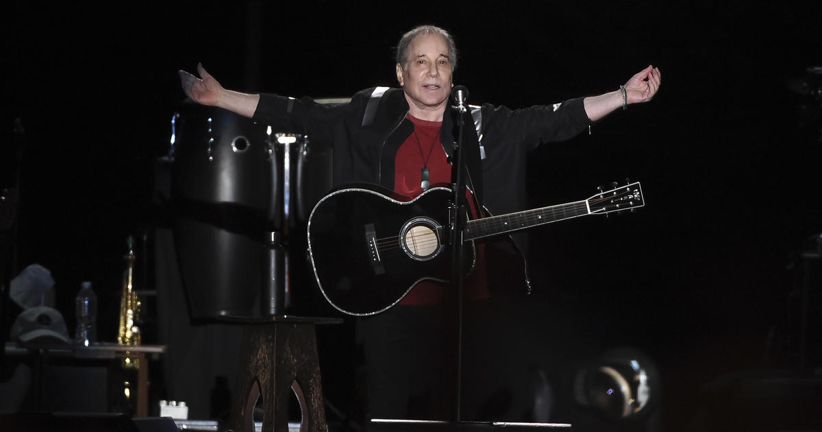 Paul Simon ends farewell tour in Queens, New York, not far from where he grew up